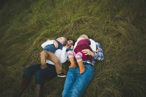 family-playing-at-lake-elmo-park-minnesota-katie-jeanne-photography_0472